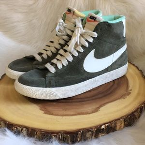 Nike High top leather sneakers